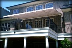 Luxury Retractable Awnings