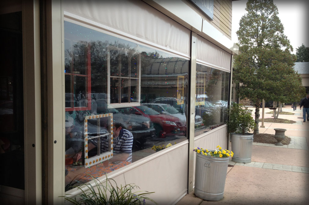Restaurant Retractable Fabric Windows